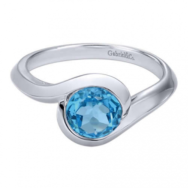 Sterling Silver Swiss Blue Topaz Fashion Ring