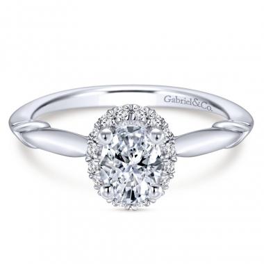 14k White Gold Diamond Oval Halo Engagement Ring